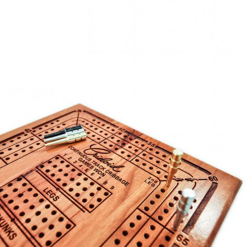 wooden engraved cribbage board